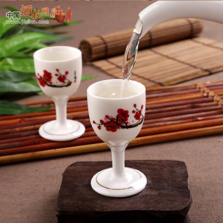 漂亮陶瓷白酒杯 酒壶红梅酒具9件套装