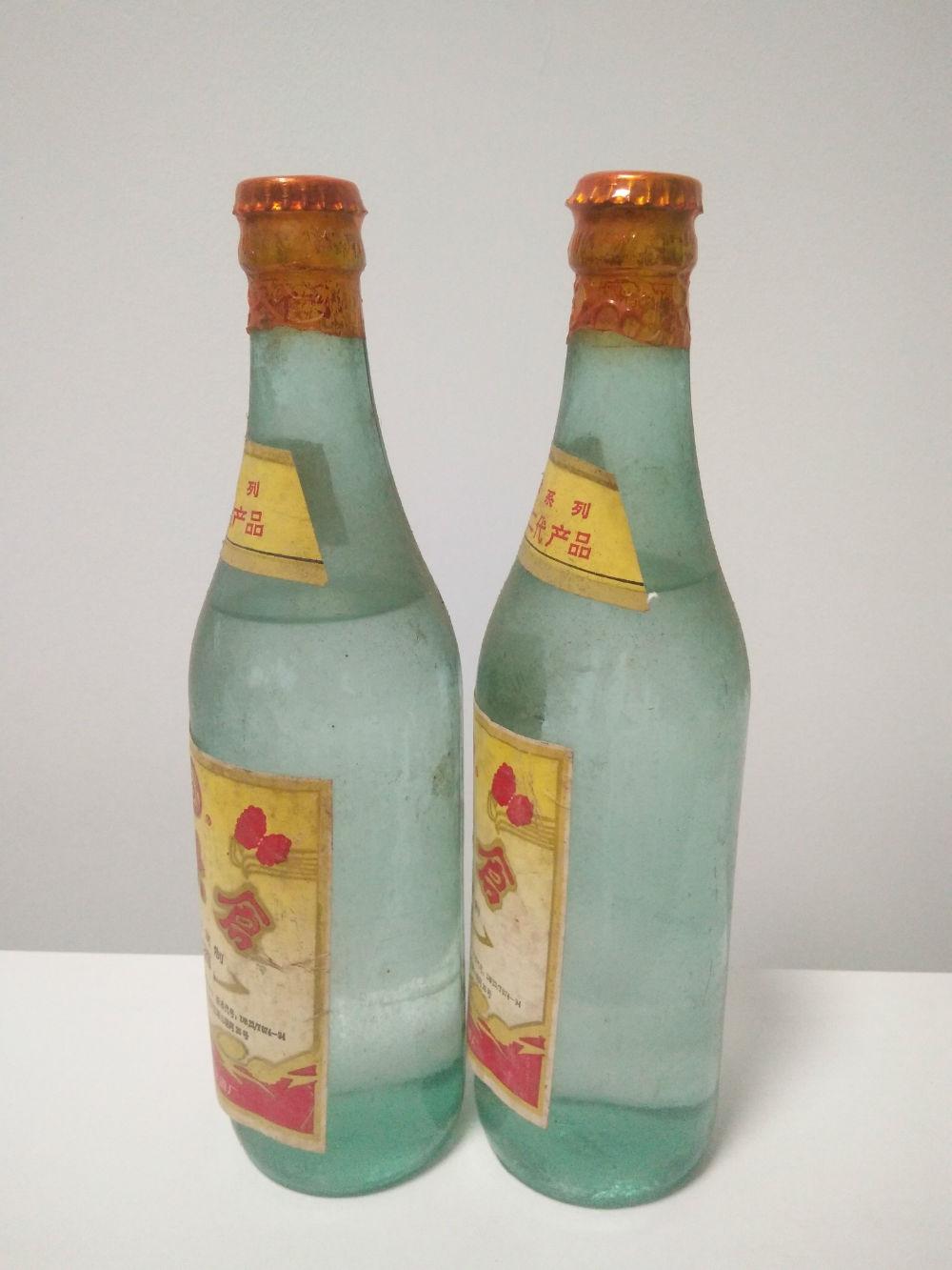 北大仓营养型复制白酒40度九十年代一对优质系列北大仓二代产品齐齐哈尔北大仓酒厂