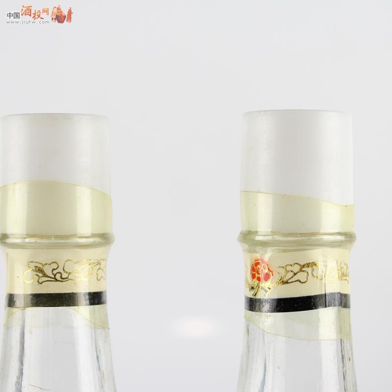 超级品相==白标酒版西凤酒